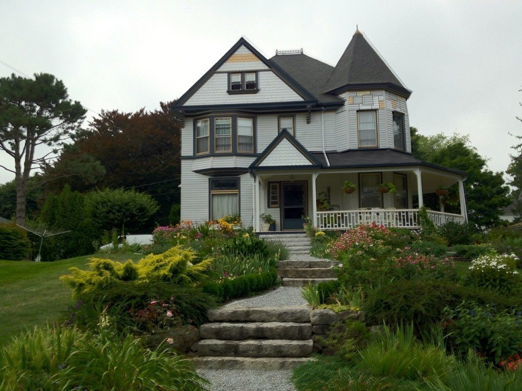 Victorian House In Rockland Maine Seasons Of Smiles Dental