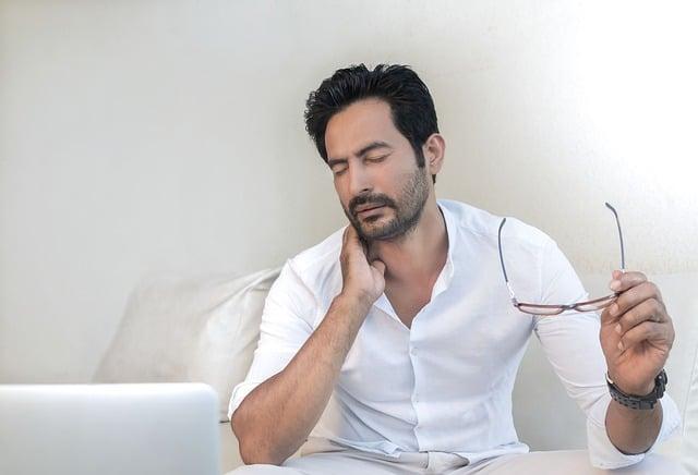 5 Ways to Avoid Temporomandibular joint disorder (TMJD)